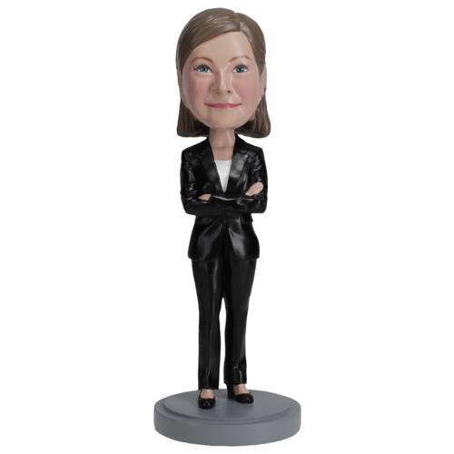 Female-executive-in-pantsuit-01