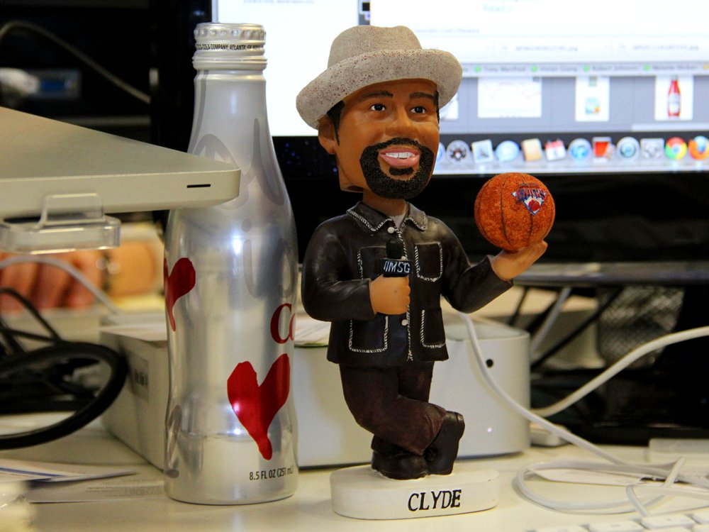 Clyde Frazier Lakers Basketball Bobblehead