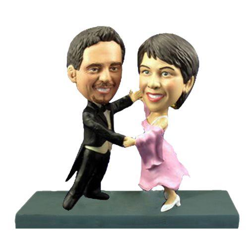 Photo of Bride and Groom Dancing Bobblehead