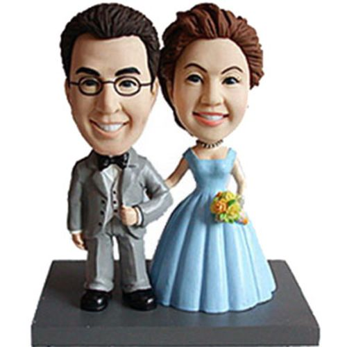 Photo of Bride and Groom In Traditional Pose Bobblehead