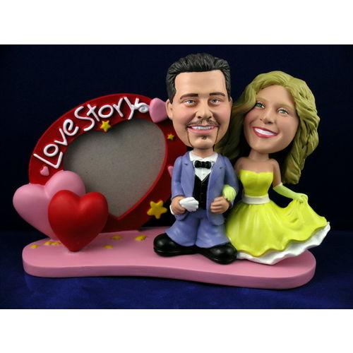 Bobblehead-custom-gift-wedding-with-picture-frame