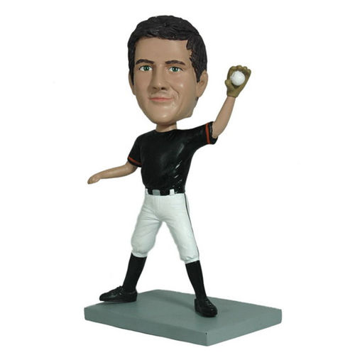 Photo 1 of Baseball Player Making the Catch Bobblehead