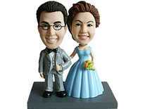 Bride and Groom In Traditional Pose Bobblehead - Bobbleheads.com